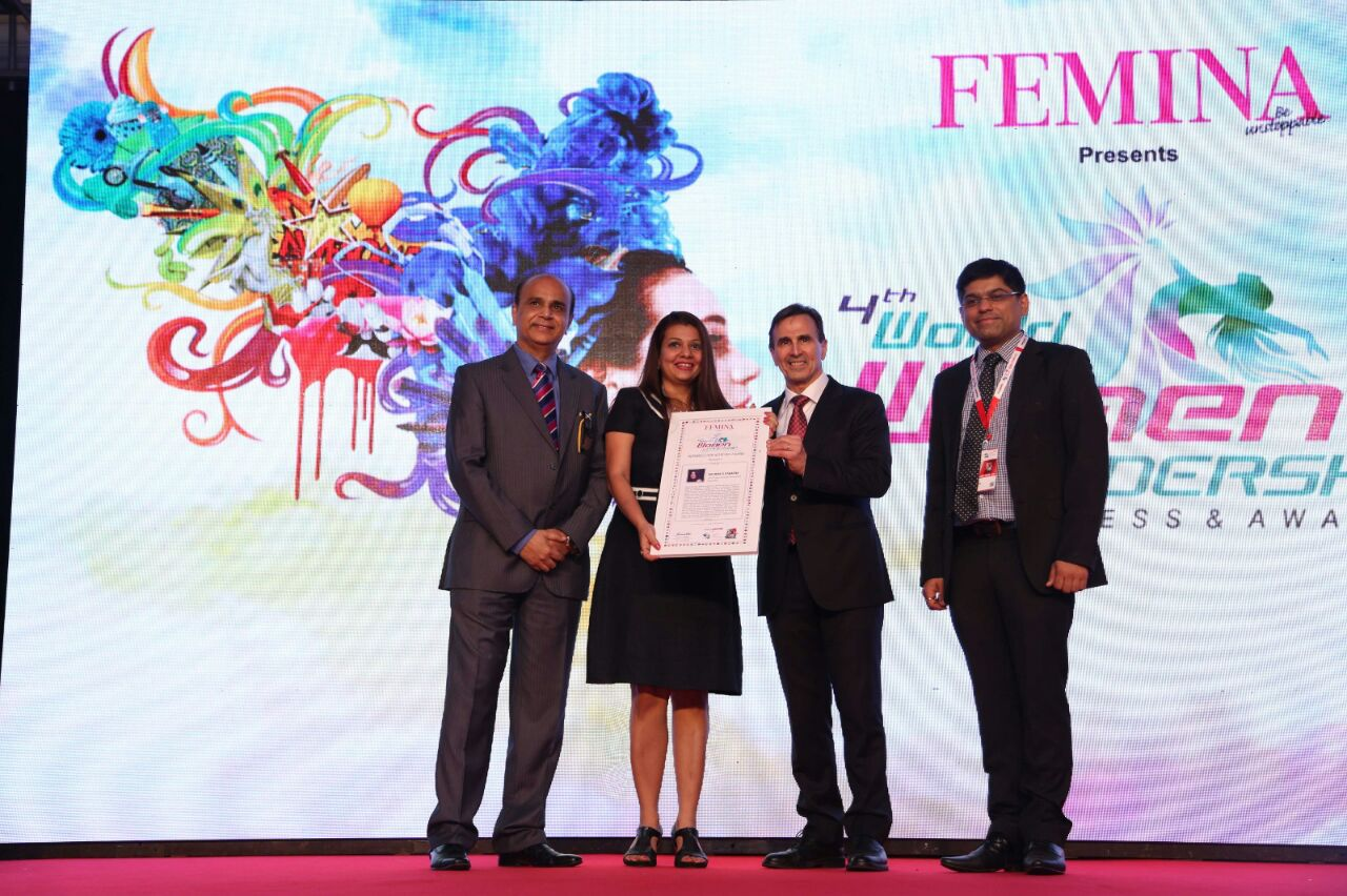 Rachna wins Women Super Achiever Award