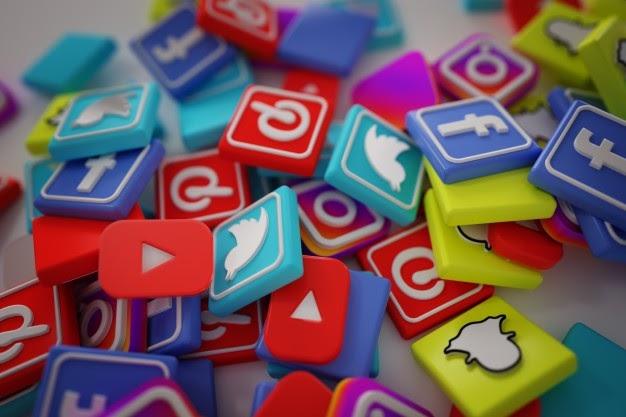 pile 3d popular social media logos 1379 881